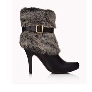 Forever 21 Shoes - NWT Forever 21 Faux Fur Booties
